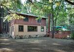 Location vacances Fish Camp - Bassetts Cabin-4