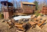 Location vacances Front Royal - Modern Mountain Retreat with Deck and Hot Tub!-3