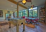 Location vacances De Land - B K s Hideaway - Lakefront Pierson Home with Dock-1