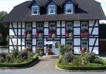 Location vacances Brilon - Ferienwohnungen Mettenhof-1