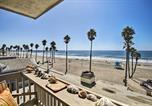 Location vacances Oceanside - Beachfront Oceanside Condo w/ Pool & Hot Tub!-2