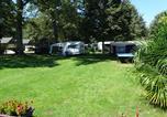 Camping en Bord de rivière Hautes-Pyrénées - Camping A l'Ombre des Tilleuls-3