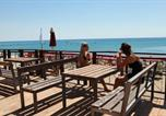 Location vacances  Province de Catanzaro - Club Esse Sunbeach-3