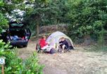 Camping avec Site nature Chazelles-sur-Lyon - Aire naturelle de Camping Les Cerisiers-3
