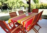 Location vacances Garlin - House with 2 bedrooms in Coudures with shared pool enclosed garden and Wifi-3