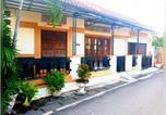 Location vacances Yogyakarta - Sarimoekti Guesthouse-1