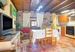 Location vacances Illas - Traditional Holiday Home in Soto del Barco near Seabeach-3