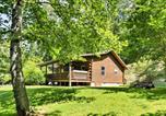 Location vacances Bryson City - 2br Bryson City Cabin on Creek w/ Deck & Hot Tub!-1