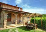 Location vacances Lucignano - Luxurious Cottage in Lucignano with Pool-2
