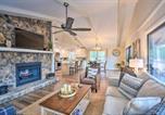 Location vacances Dillard - Modern Mtn Living Large Family Resort Home!-1