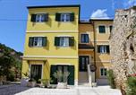 Location vacances Skradin - Studio apartment in Skradin with balcony, air conditioning, Wifi, washing machine (4921-4)-1