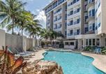Hôtel Porto Rico - Comfort Inn & Suites Levittown