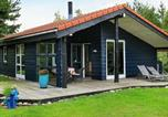 Location vacances Torup Strand - Three-Bedroom Holiday home in Fjerritslev 18-1