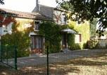 Location vacances Le Poiré-sur-Velluire - Gîte Thiré, 3 pièces, 5 personnes - Fr-1-426-339-2