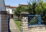 Location vacances Carcassonne - Vieilles Pierres Et Jardins-2