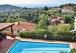 Location vacances Sant Cebria de Vallalta - Modern Villa in Tordera with Private Swimming Pool-2