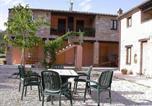 Location vacances  Province de Macerata - Zona Artigianale Callarella Villa Sleeps 4 Pool-3