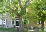 Location vacances  Drôme - Chambre Pour Couple Dans Ferme 18ème-1