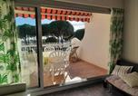 Location vacances  Gard - Appartement Port Camargue, 1 pièce, 4 personnes - Fr-1-414-266-2