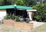 Location vacances Castets - Bungalow sous les pins dans village vacances-3