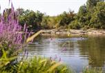 Camping avec Site nature Pujols - Camping Le Clos Bouyssac-4