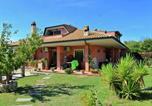 Location vacances Mentana - Charming Villa in Monterotondo Italy with swimming pool-4