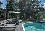 Location vacances Serravalle di Chienti - Querce Villa Sleeps 9 Pool Wifi-2