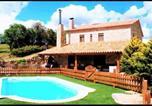 Location vacances Rubió - Calaf Villa Sleeps 10 with Pool-2