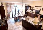 Location vacances Palo del Colle - House with one bedroom in Bari with furnished terrace and Wifi 700 m from the beach-1