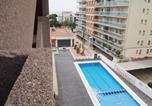 Acogedor apartamento con vistas al mar y piscina