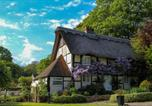 Location vacances Lymington - Plum Guide - Wisteria House-1