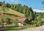 Location vacances Sankt Märgen - Majestic Farmhouse in Buchenbach near Ski Area-3