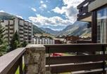 Location vacances Val-d'Isère - Apartment Isr23 - superbe appartement, centre ville, proche pistes et commerces.-4
