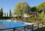 Location vacances  Province de Pérouse - Wonderful Farmhouse in Marsciano with Pool-1