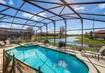 Location vacances Kissimmee - Kissimmee Villa Sleeps 12 Pool Air Con Wifi-4