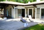 Location vacances  Gironde - Villa with 4 bedrooms in Arcachon with enclosed garden and Wifi 650 m from the beach-1