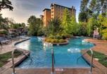 Hôtel Pigeon Forge - Riverstone Resort & Spa-1