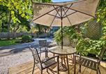 Location vacances Glastonbury - Historic Springfield House with Patio, 10min to Dwtn!-1