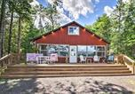 Location vacances Duluth - Lakefront Home with Views, Fire Pit and Outdoor Fun!-1