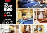 Hôtel Bekasi - Grand Kamala Lagoon Studio A by 21 Room Netflix-1