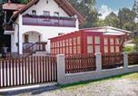 Location vacances Dolní Zandov - Holiday home Uboci-1