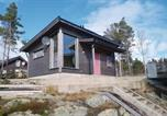 Location vacances Florø - Two-Bedroom Holiday Home in Stavang-1