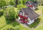 Location vacances Bad Hersfeld - Three-Bedroom Holiday home Kirchheim with a Fireplace 09-3