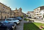 Location vacances  Province de Rieti - Brand New Apartment in Poggio Mirteto-2
