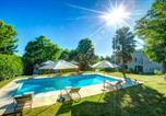 Location vacances Savignac-de-Duras - Landerrouat Villa Sleeps 8 Pool Wifi-1