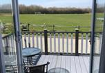 Location vacances Benenden - 2 bed Lodge - Northiam Steamtrain & River closeby-2