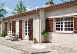 Location vacances Bagnols-en-Forêt - Four-Bedroom Holiday Home in Fayence-3