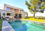 Location vacances Villeneuve-lès-Avignon - Villeneuve-les-Avignon Villa Sleeps 8 Pool Air Con-1