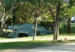 Camping avec Piscine couverte / chauffée Gourdon - Domaine Des Chênes Verts-3