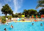 Camping avec Piscine Angoulins - Camping les Peupliers-1